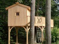 Cheeky Monkey Treehouses.jpg