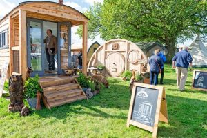 glamping-show-little-hut-co