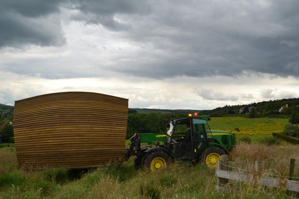 Tractor and pod