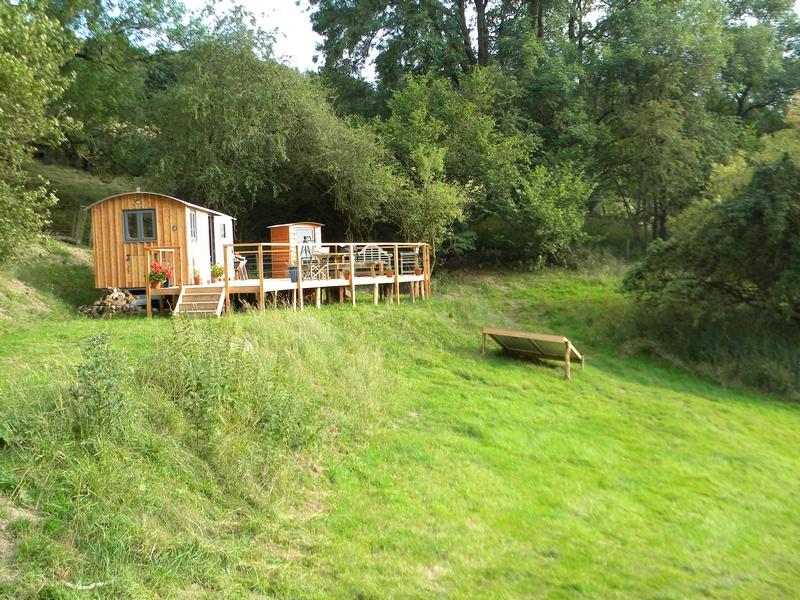 Glampsite wooden hut