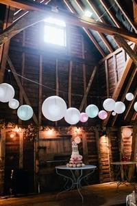 Inside barn decorations