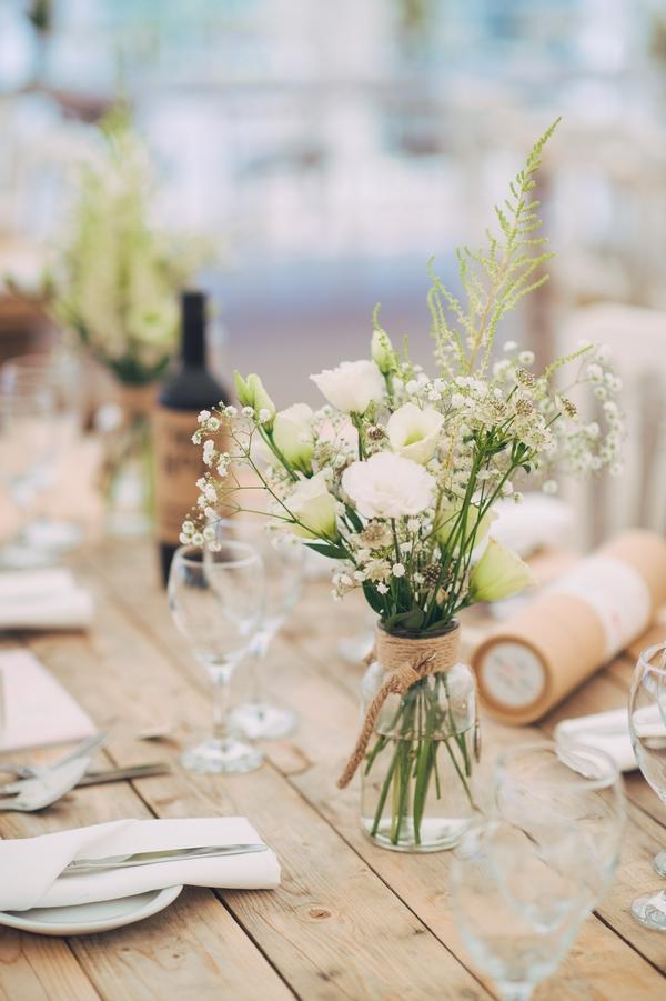 Huntstile wedding table decor