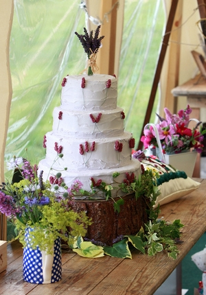 Church Farm Wedding Cake