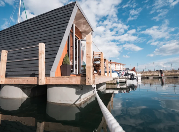 Floating Glamping Pod on water