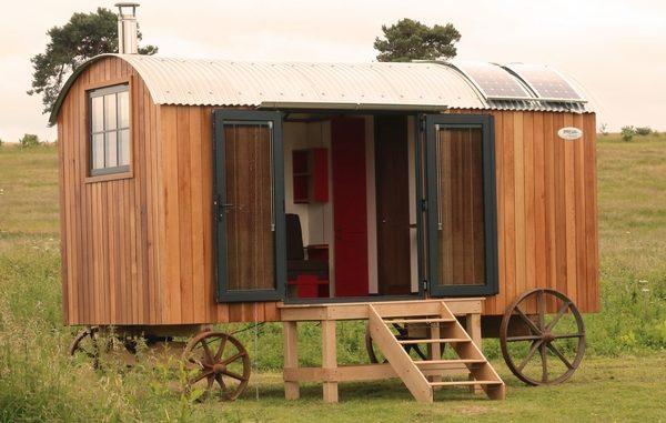 Plain Huts glamping shepherd hut