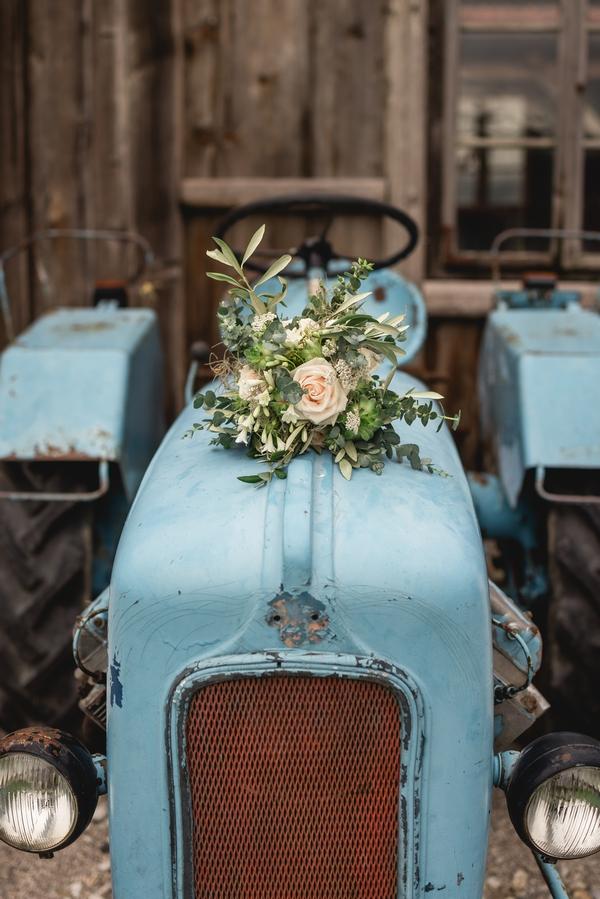 wedding venue tractor