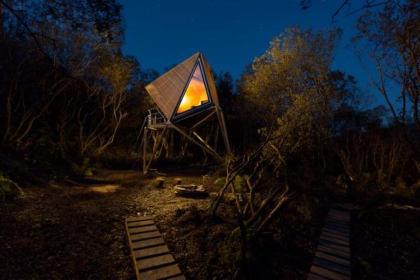 Kudhva hideout at night