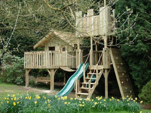 Cheeky Monkey Treehouse