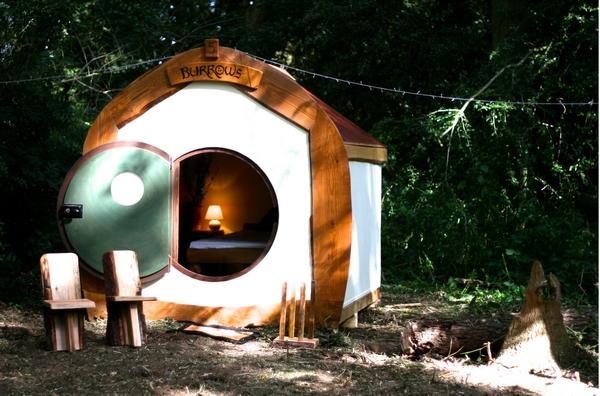 Masked ball hut exterior