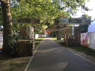 Welcome signs to Redwood