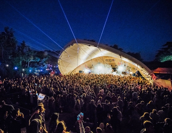 Kelburn festival main stage at night