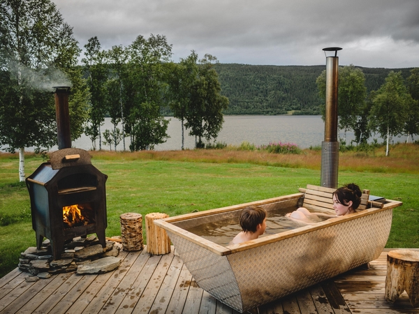 Hikki wood-fired hot tub
