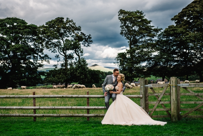 Newly married couple at Heaton House Farm