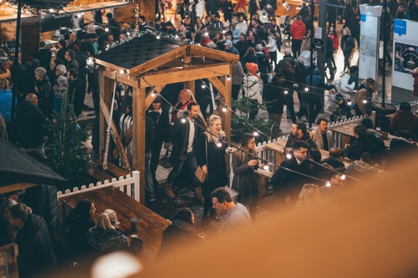 Crowd at Bournemouth Christmas market