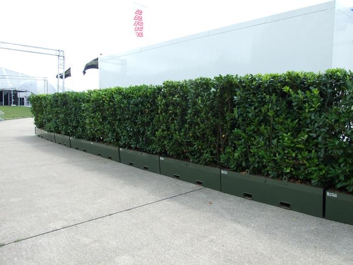 RentaHedge mobile hedge barrier