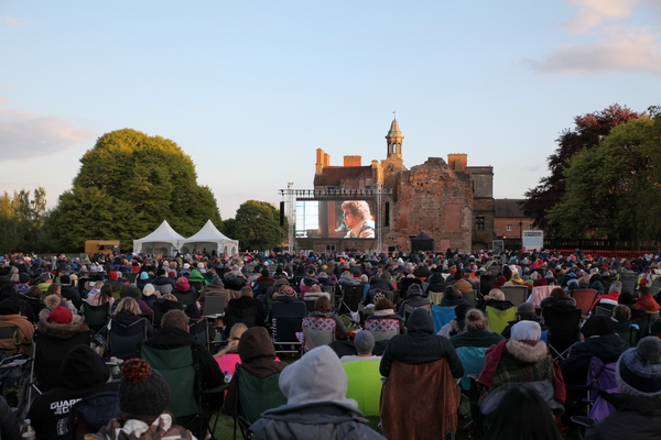 Rufford Abbey crowd at event