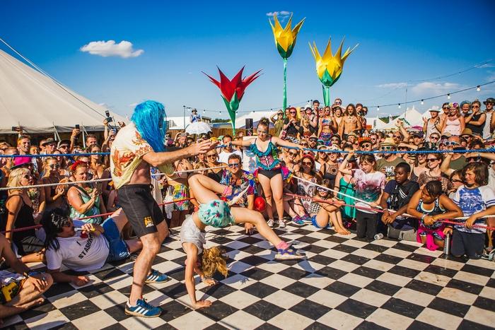 Acrobatics at festival