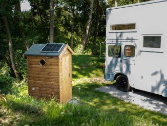Off-grid Compost Loo