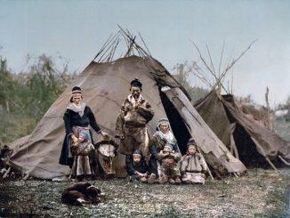 A Sami family in 1900