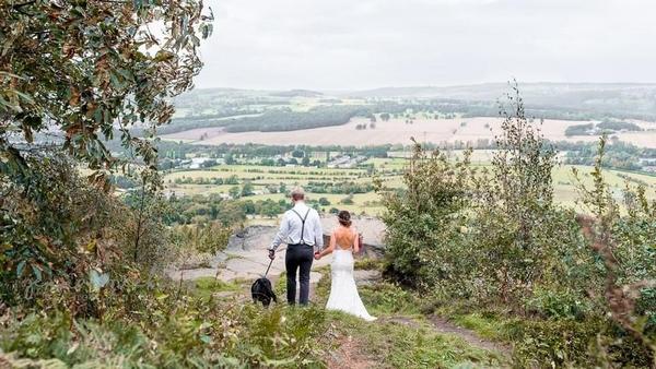 Chilli Barn bride and groom