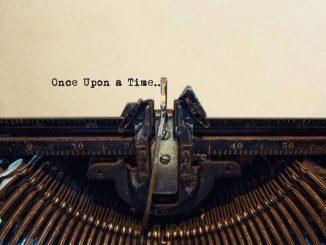 Typewriter typing a story
