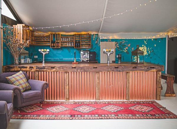 Wilde Lodge bar