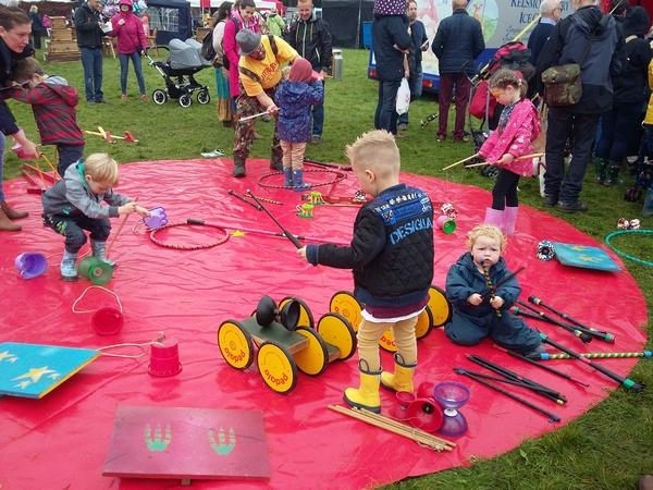 The Forest Showcase children