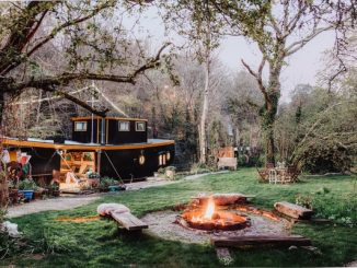 Unique Hideaways Campfire